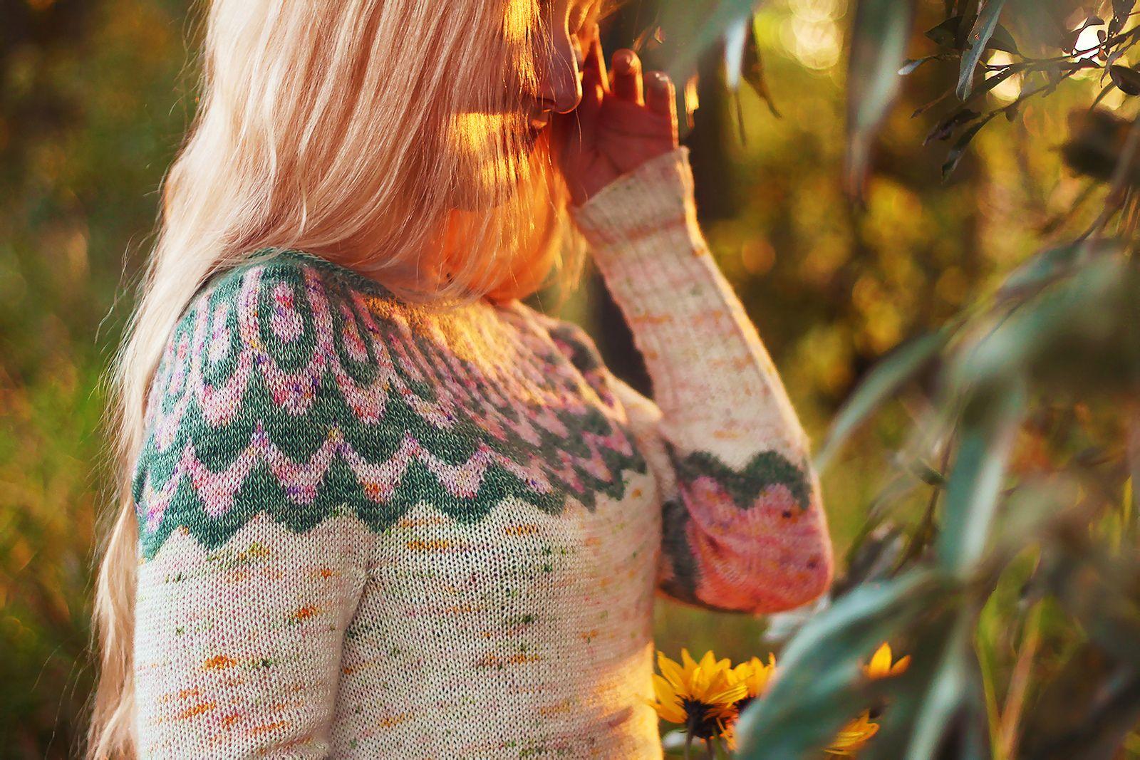Caitlin Wehrle Nude Photos 13
