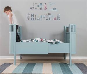 Juno Bed Designed By Viggo Einfeldt Bornevaerelse Bornemobler Seng
