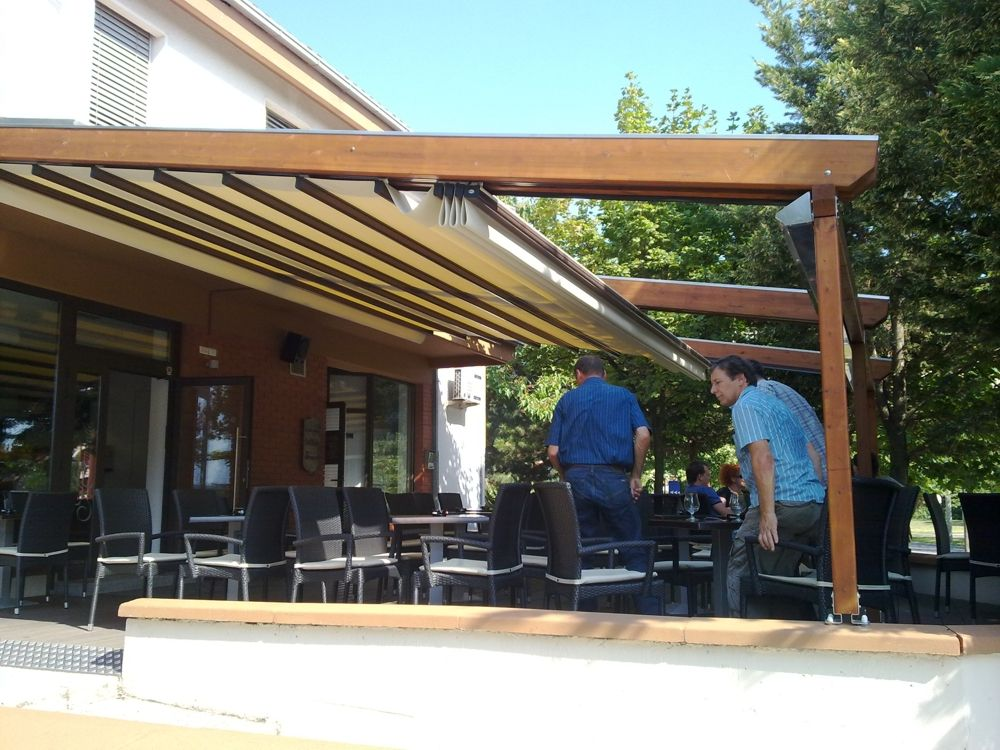 Commercial Awnings And Pergolas Gibus Pergola Outdoor Structures Outdoor Decor