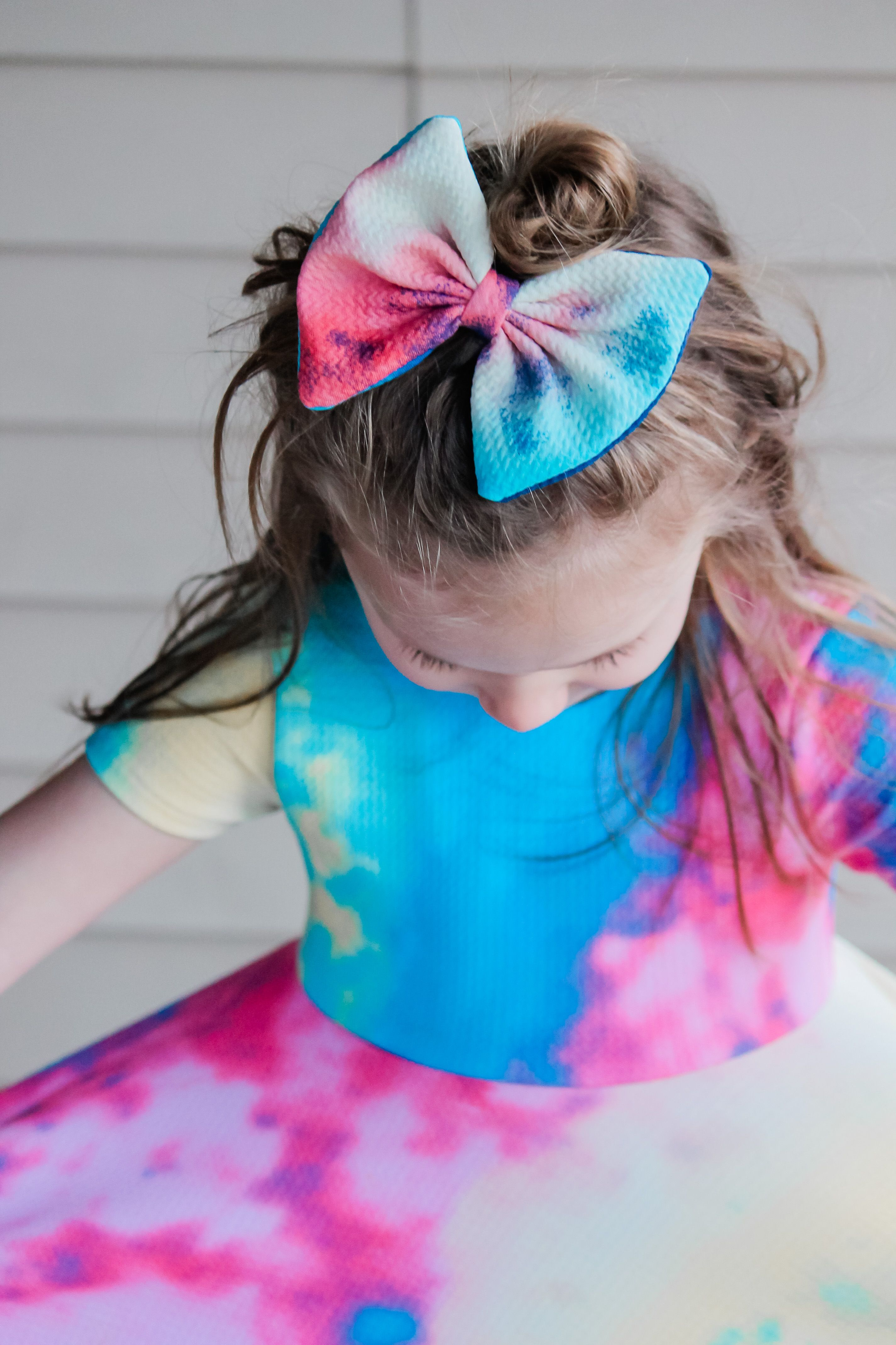 Love this tiedye bow toddler girl outfits summer