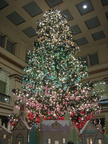 Walnut room christmas tree | macy\'s, walnut room, christmas ...
