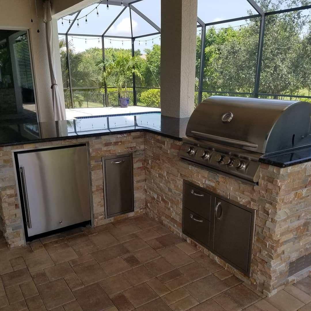 Under The Lanai Outdoor Kitchen By Eok Elegant Outdoor Kitchens Outdoor Kitchen Outdoor Kitchen Design Lanai