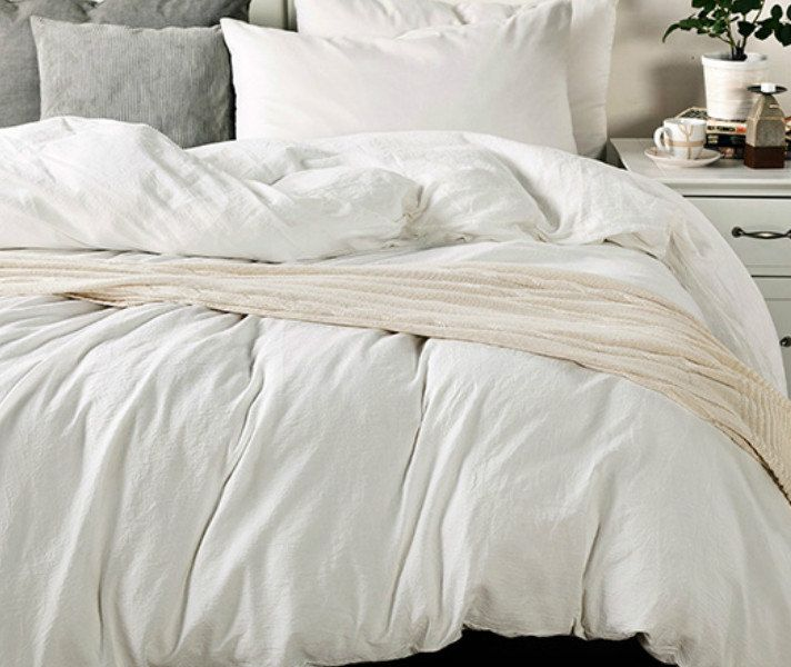 White Duvet Cover In Medium Weight Washed Linen Custom Linen Etsy White Linen Duvet Covers White Duvet Linen Duvet Covers