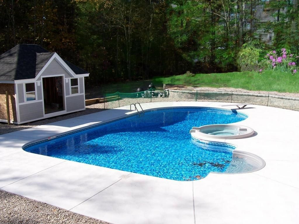 Best back yard swimming pools backyard landscaping ideas for Swimming pool landscape design