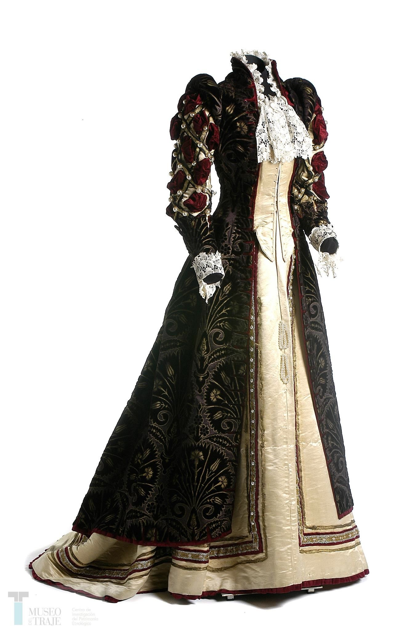 Elizabethan style fancy dress gown, by Charles Frederick Worth, c ...
