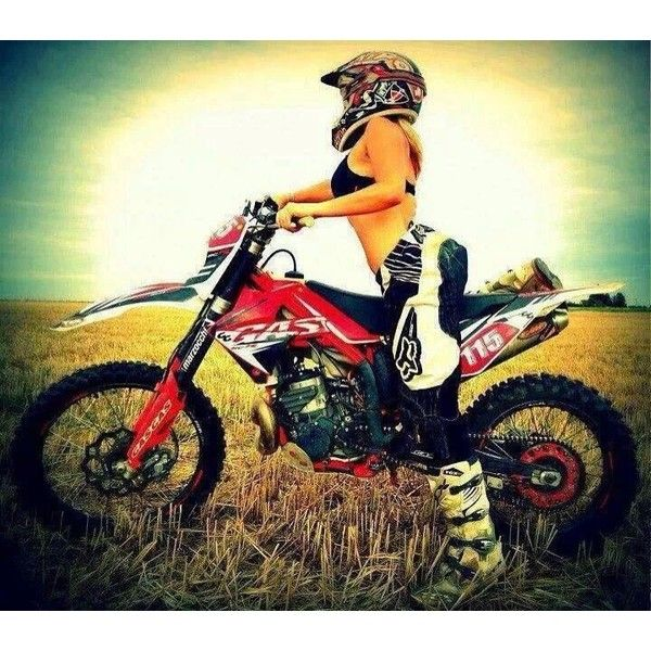 Motocross girls Nude Photos 39