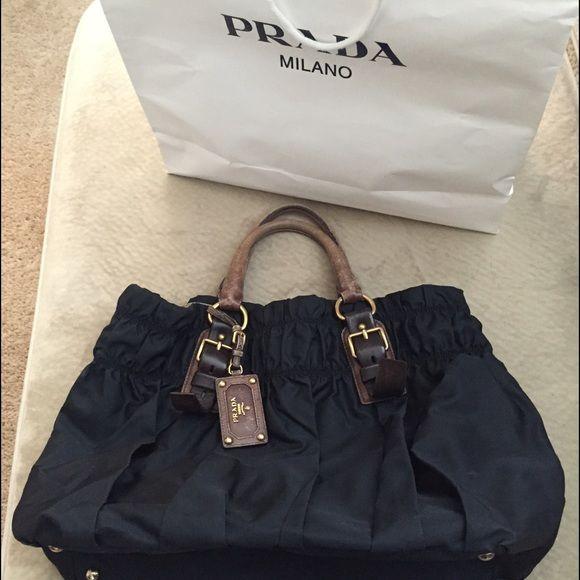 ❤️SOLD❤️Authentic Prada Large Gaufre dark blue Dark blue nylon Prada Gaufre Prada Bags