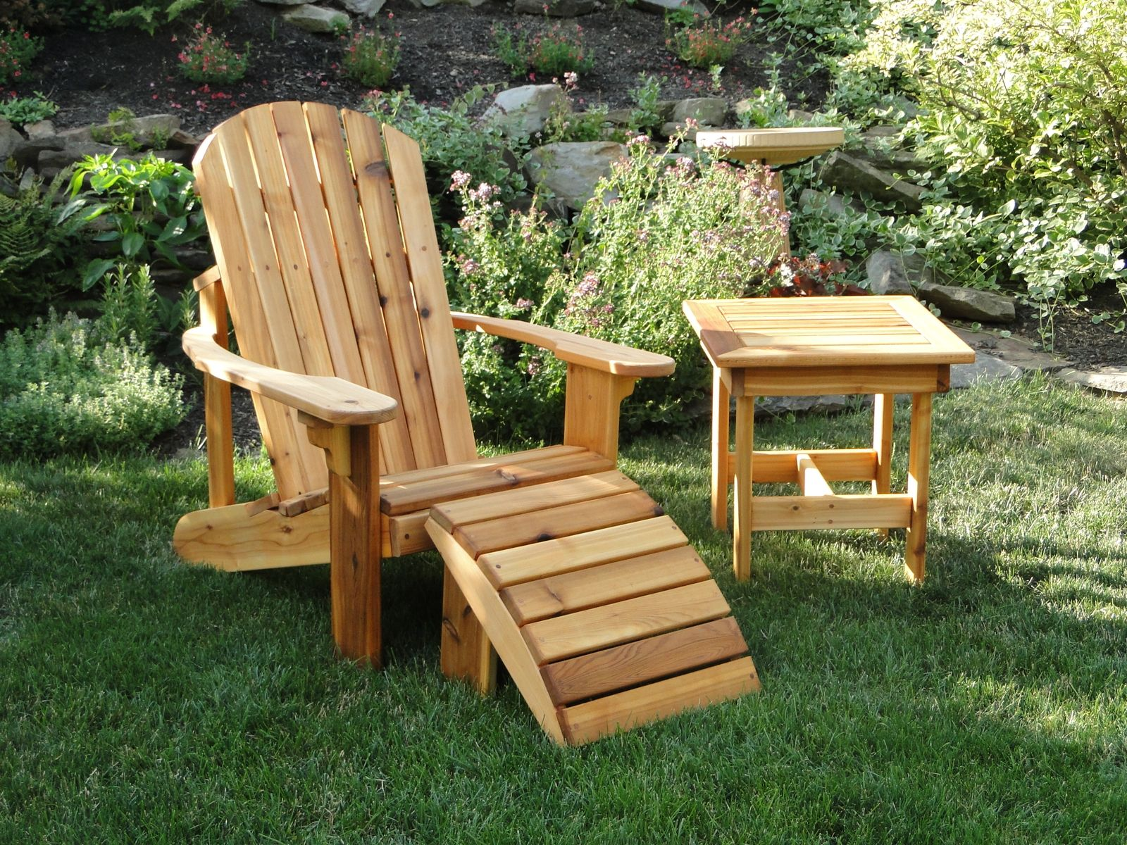 Adirondack Chair With Leg Rest And Side Table Adirondack Chair Plans Adirondack Chair Adirondak Chairs