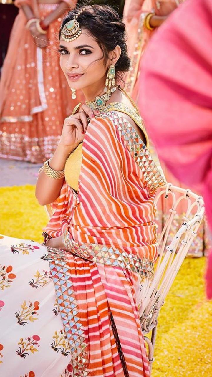 5595351b34 Pure French silk net Pakistani bridal lehnga Panache by Umsha US UK and  Canada in 2019 | Culture | Indian bridal wear, Pakistani Bridal Wear, Lehenga  choli ...