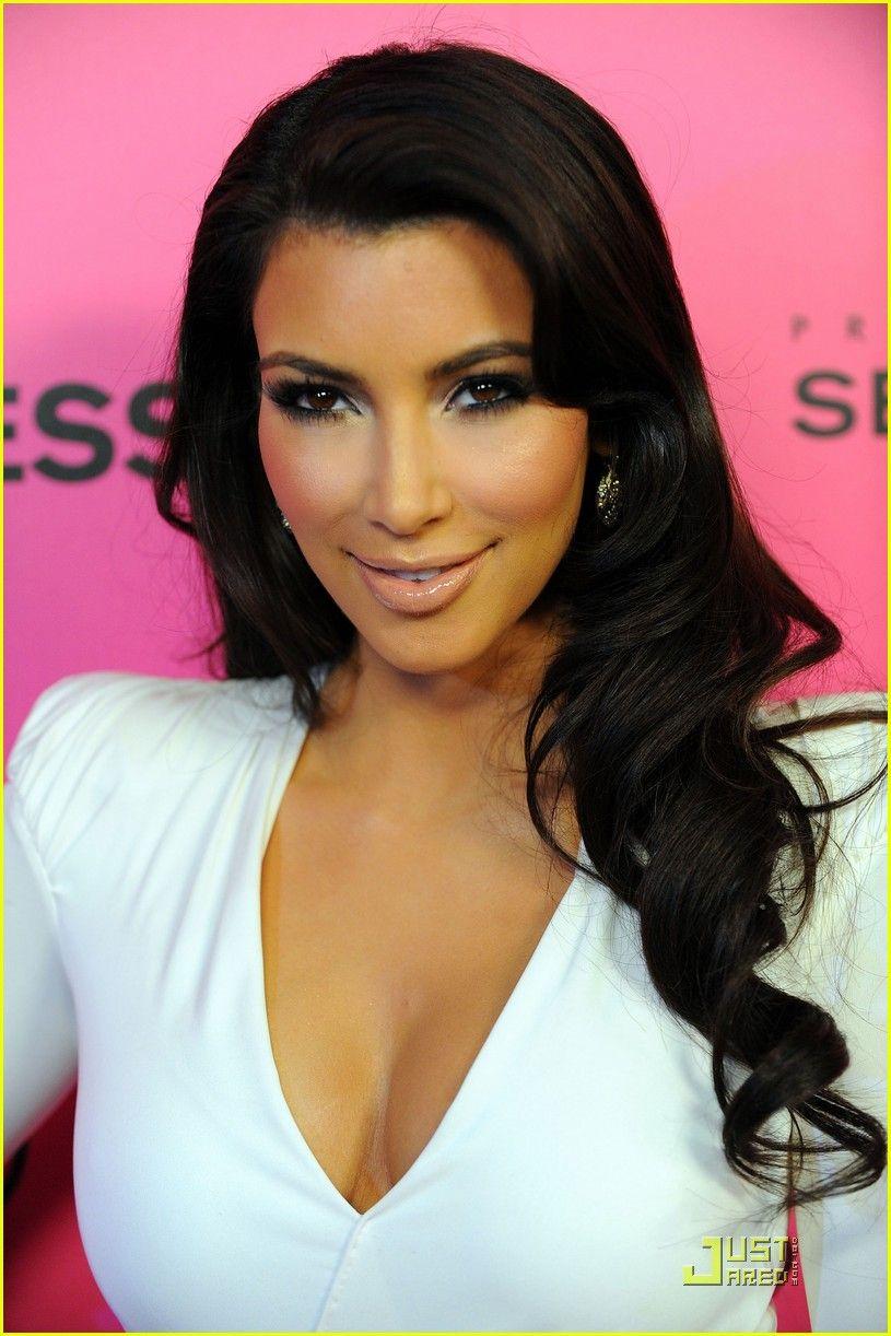 Pin by KATE🖤 on Bl0NdE   Kim kardashian hair, Celebrity