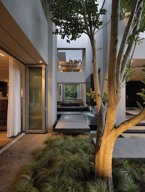 Stunning residence in Cape Town, South Africa by SAOTA together with VIVID Architects.