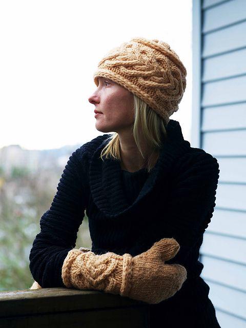 Ravelry: Moonshine Hat & Mitten Set pattern by Tanis Gray