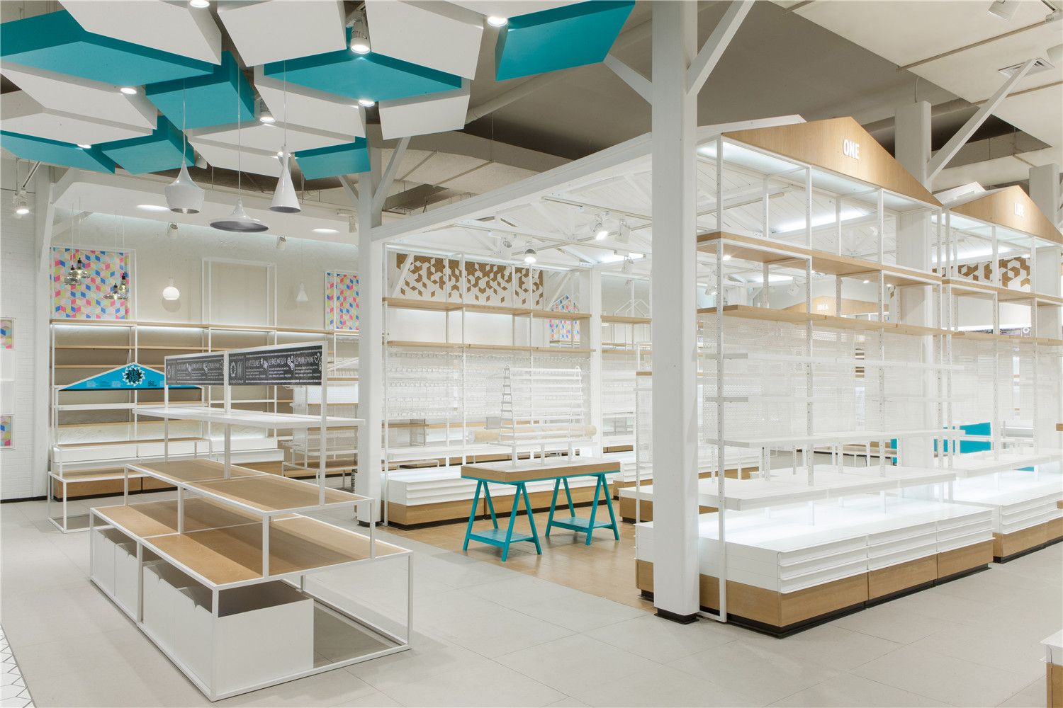 One Idea Outlet Shanghai With Images Shop Interior Design