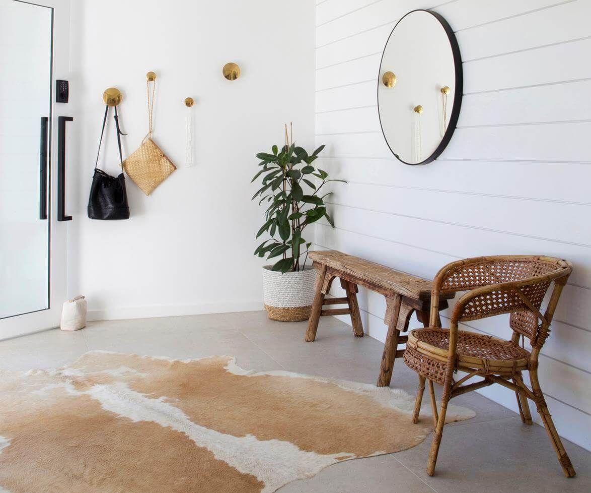 Illuminazione Ingresso Casa : Come abbellire ingresso casa appendiabiti specchi portaombrelli