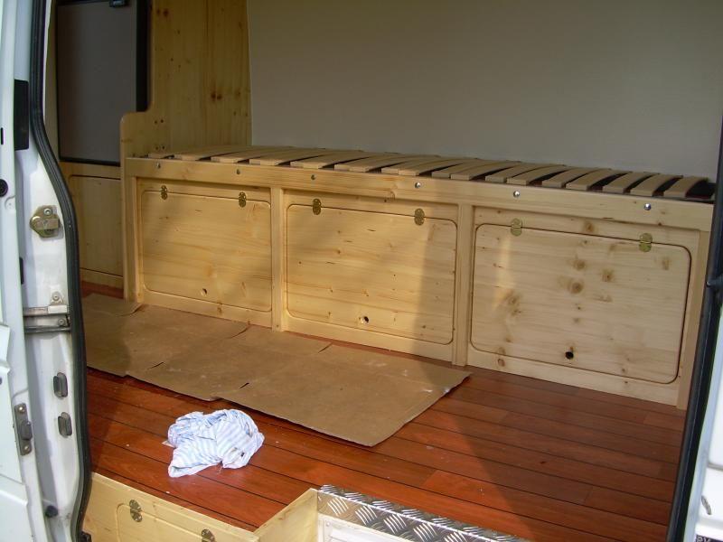 pingl par domifa delamer sur bedroom lit peigne. Black Bedroom Furniture Sets. Home Design Ideas