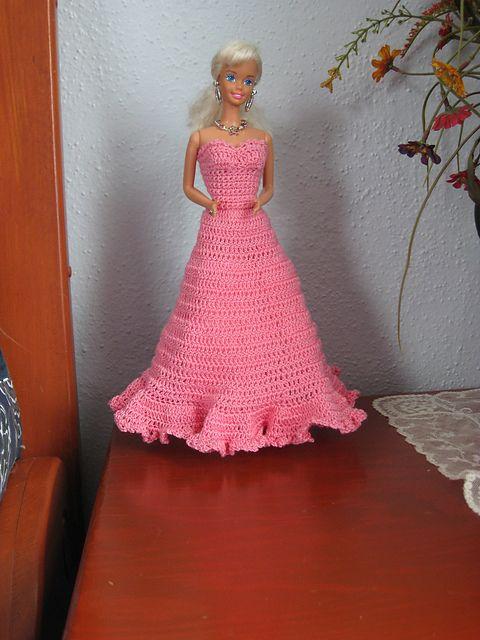 Free crochet - barbie dress | Doll dresses | Pinterest | Barbie ...