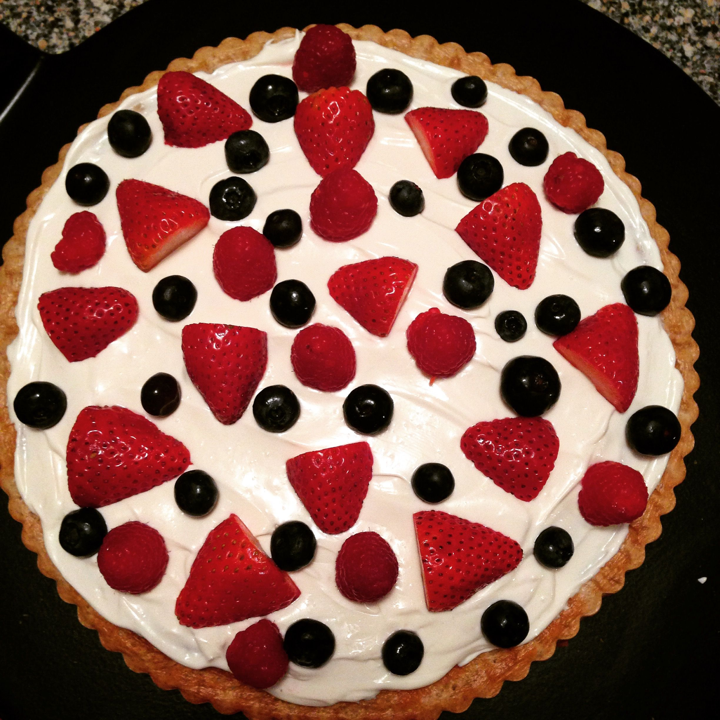 Beautiful dessert pizza! #dessert #fruit #fresh #yum #sweet #food #foodie #cook #baked