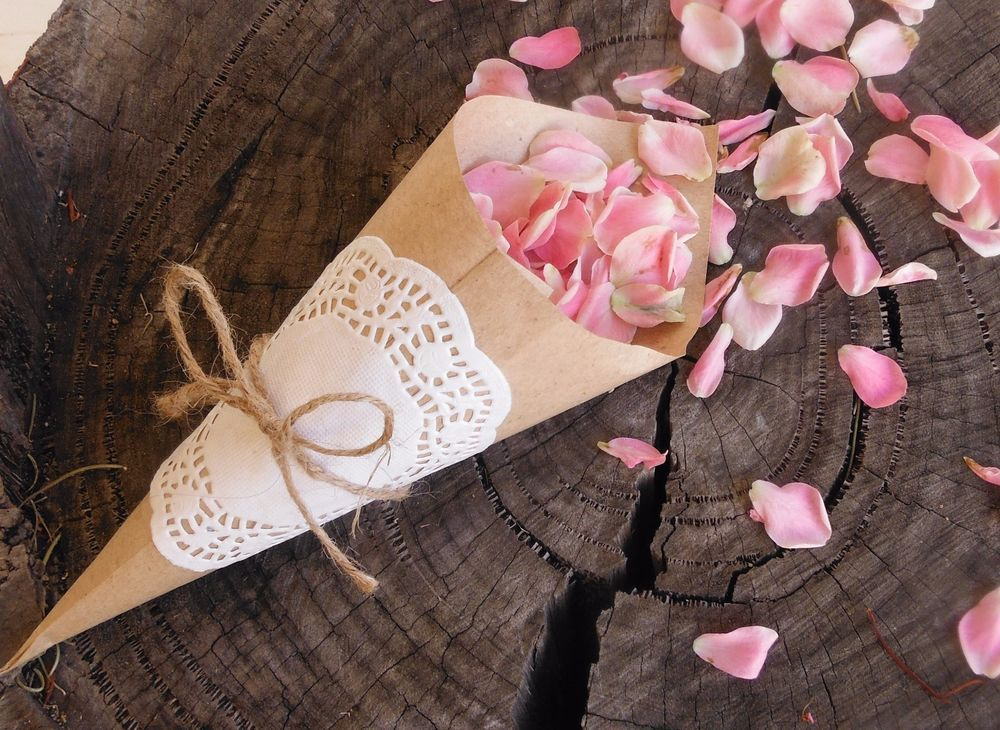 30 x diy wedding confetti cones for beach rustic vintage shabby chic wedding supplies cake decorations flowers garlands ebay au junglespirit Choice Image