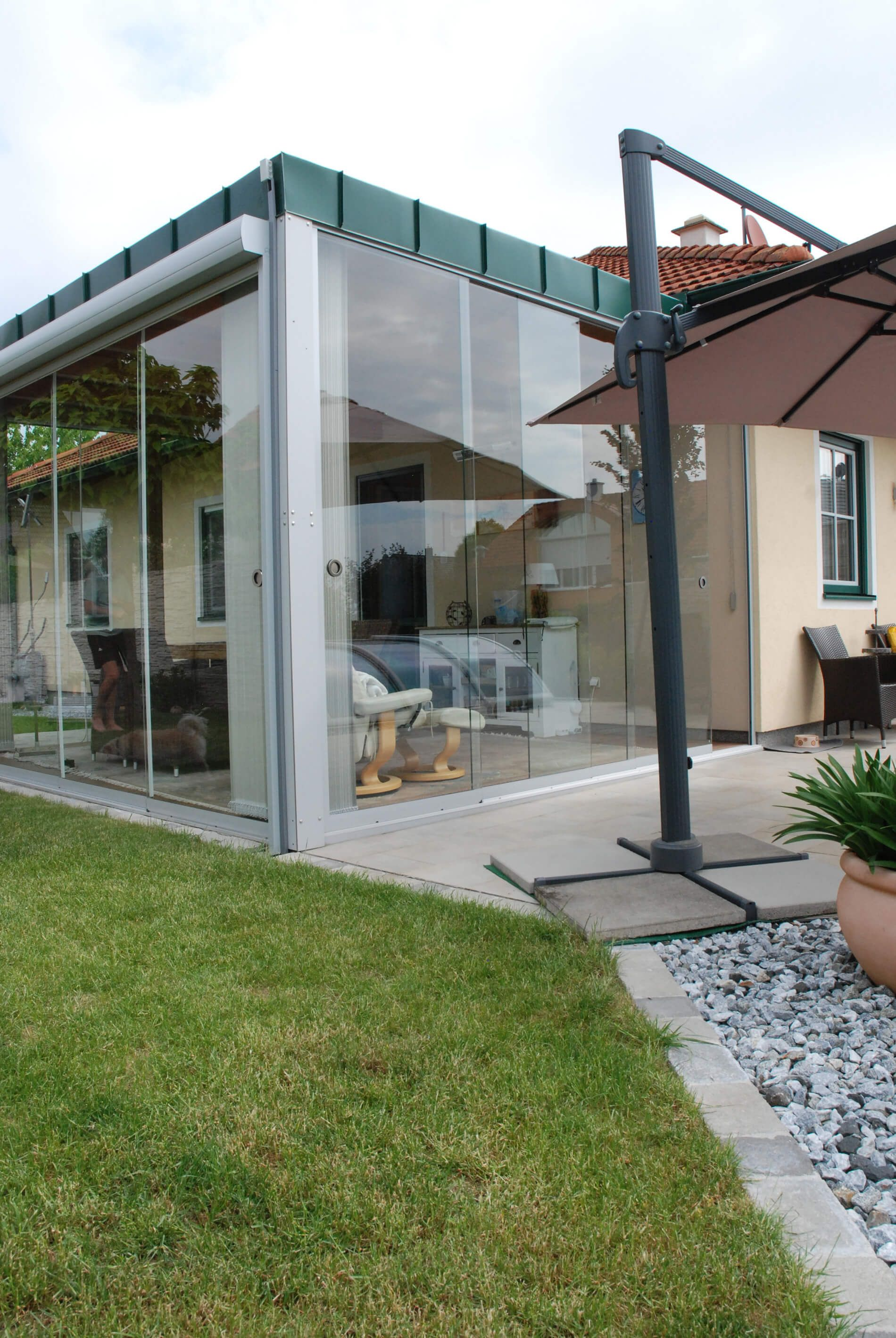 Wintergarten Anbau Glasschiebeturen Balkonverglasung