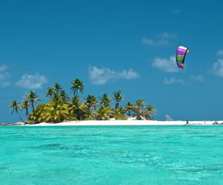 Kite Surfing In The Cocos Islands Kite Surfing Surfing Cocos Keeling Islands
