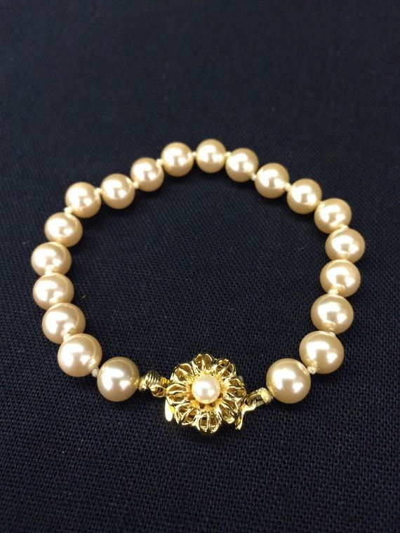 Beautiful vintage flower clasp pearl by UniqueVintageChicago