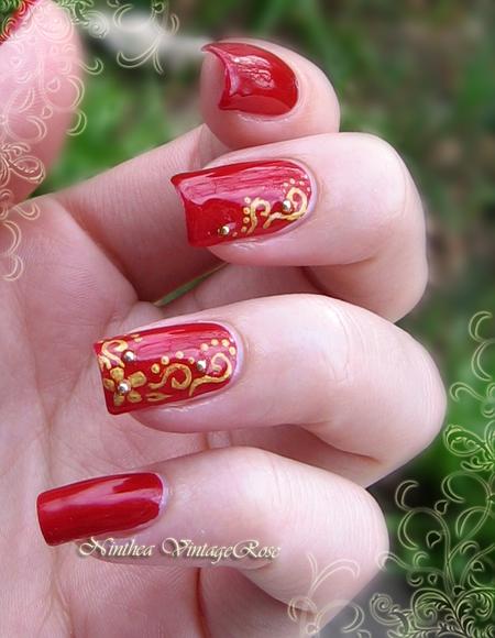 gold sparkle #redmani #floral  #nailart #cutenails - bellashoot.com
