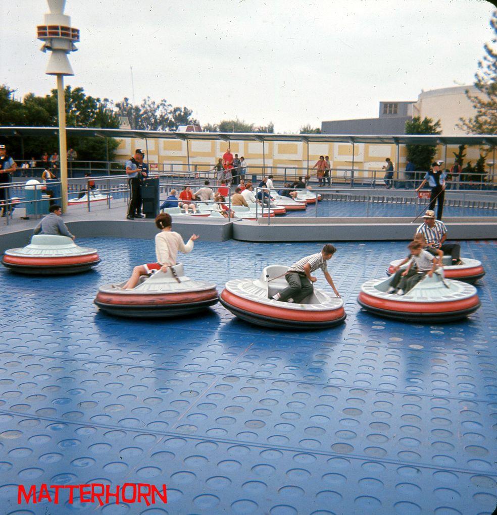 Flying Saucers Tomorrowland June 1964 Vintage