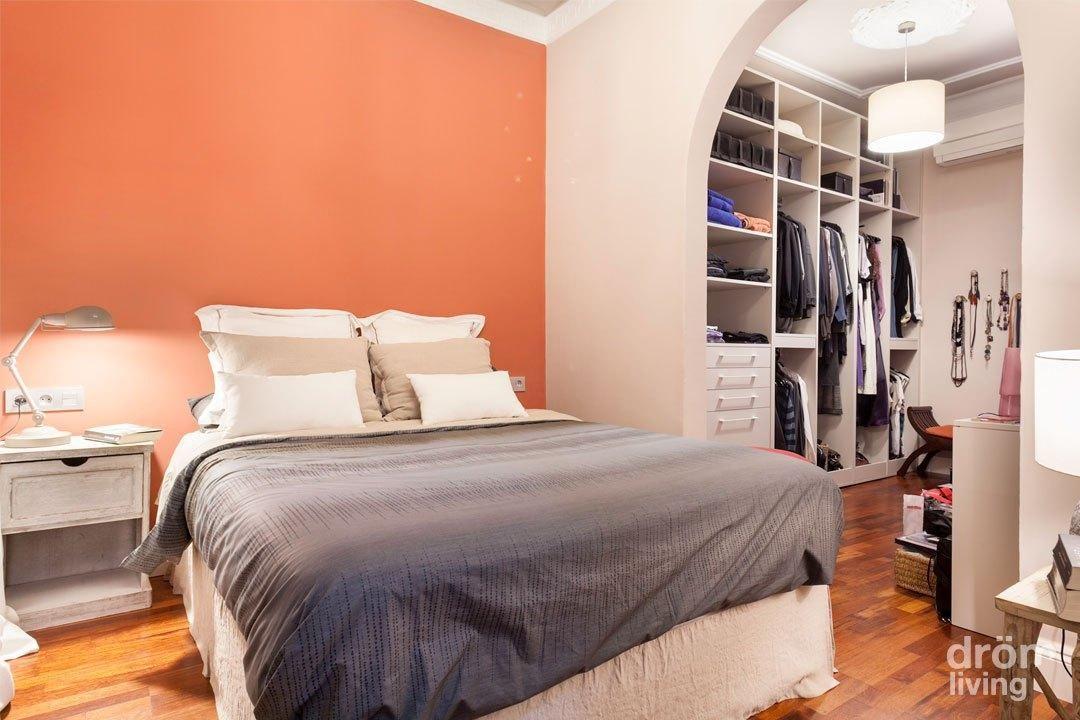Sin cabecero en el dormitorio 13 alternativas - Paredes pintadas originales ...