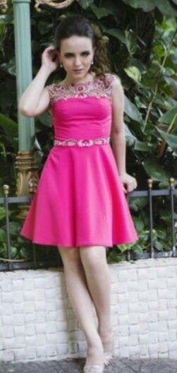 4688c4077bc1e Coleção Larissa Manoela para Miss Teen   lari   Vestidos e Teen
