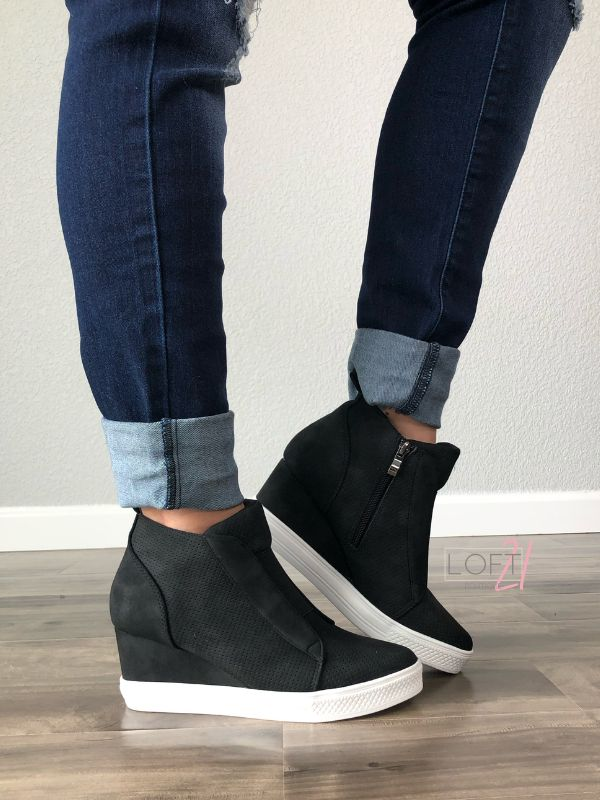 Black Wedge Sneaker | Black wedge