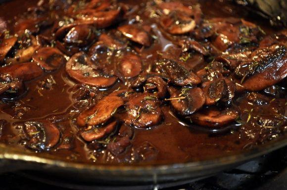 with Red Wine-Mushroom Pan Sauce Red Wine-Mushroom Pan Sauce for Steaks {Apartment 302}Red Wine-Mushroom Pan Sauce for Steaks {Apartment 302}