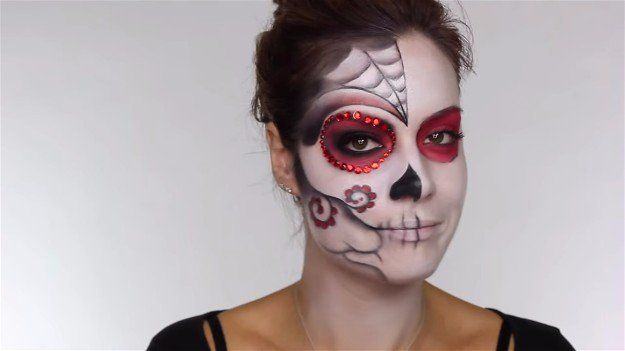 Easy Day Of The Dead Makeup Tutorial Perfect For Halloween Makeup Tutorials Dead Makeup Makeup Tutorial Halloween Makeup Tutorial