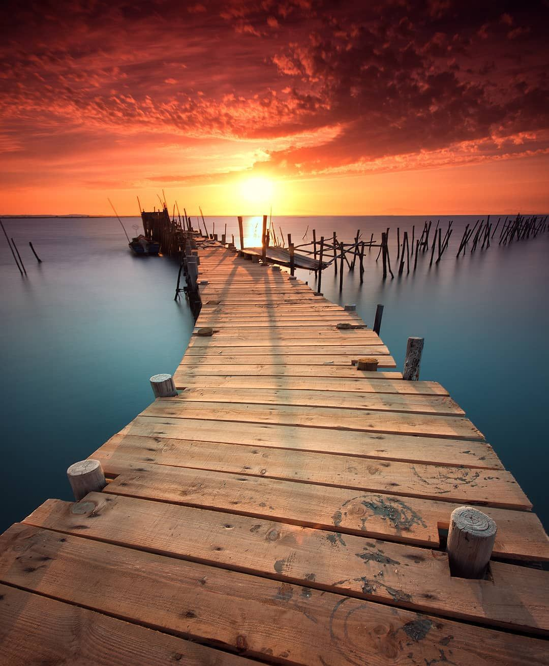 Boardwalk Into The Sunset Woahdude With Images Landscape Photography Sunset Landscape Beauty Landscapes