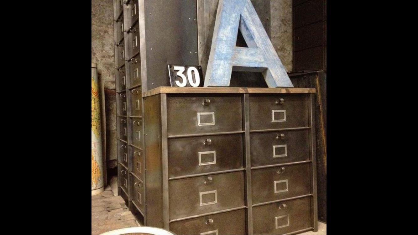 Lettres Anciennes Clapets Usine Ldt L Or Du Temps Or Du Temps Mobilier De Salon Lettre Ancienne