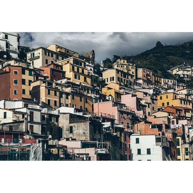 View on village Riomaggiore in Cinque Terre, Italy. Photo by Dmitri Korobtsov.