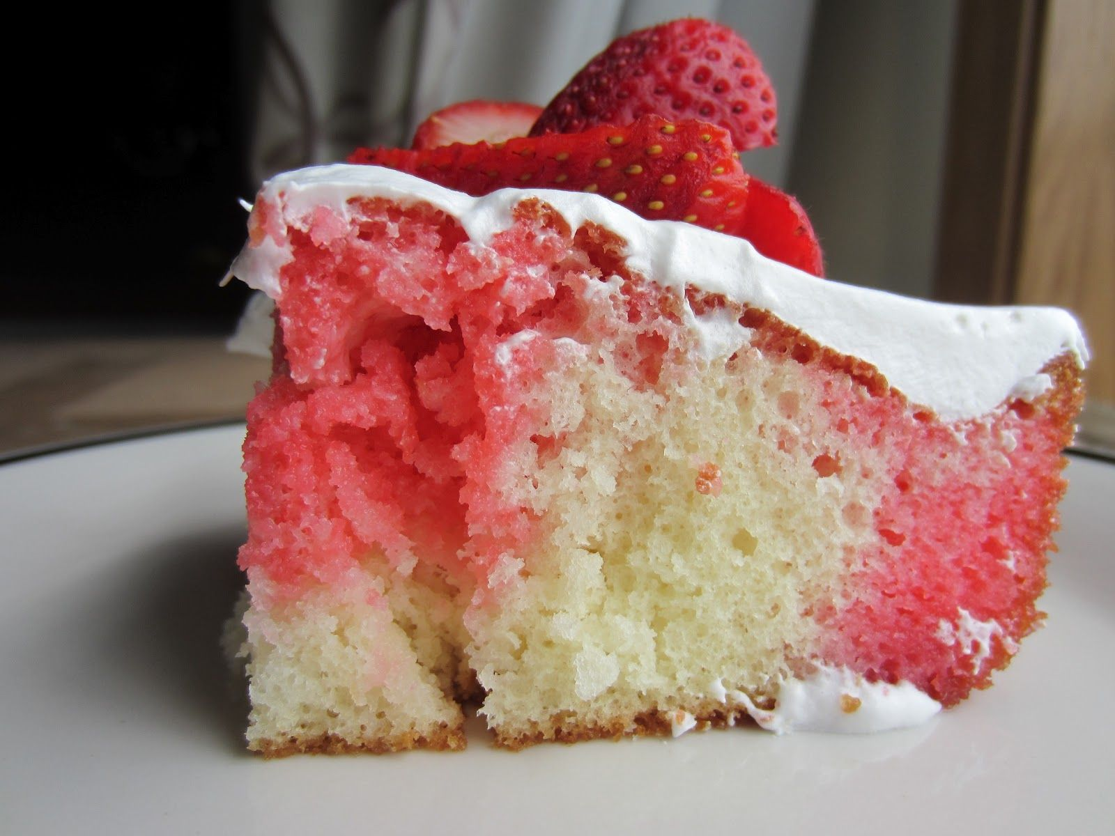 Super Easy Strawberry Lemonade Poke Cake