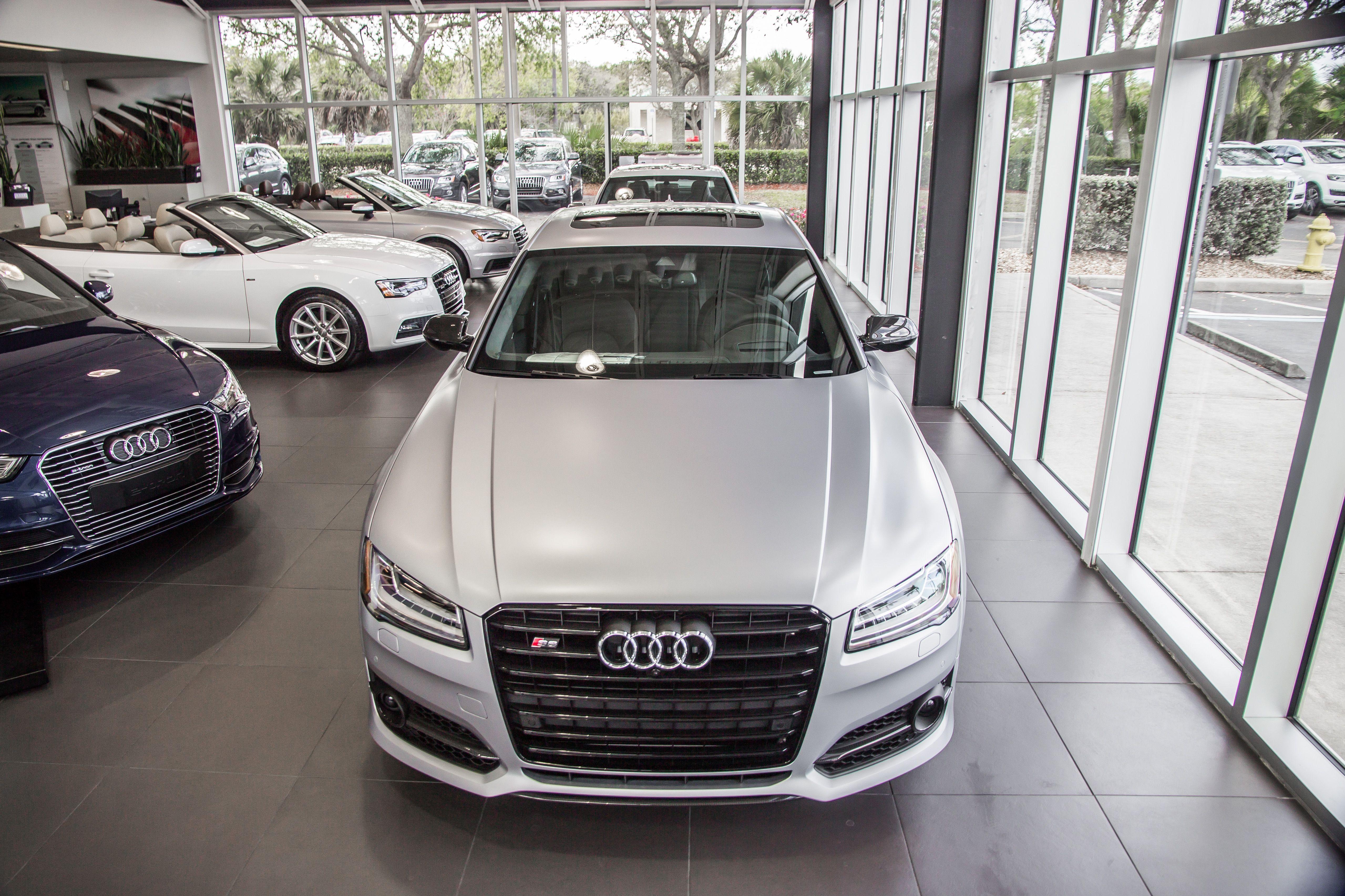 S8+ Florett Silver Matte Audi, Audi dealership, Used audi