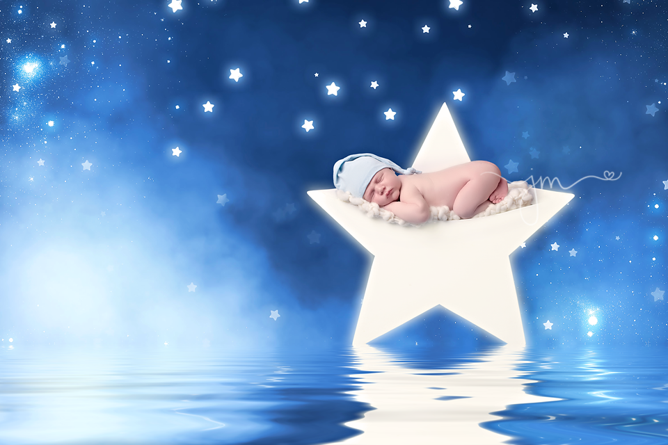 Newborn wooden star photo prop