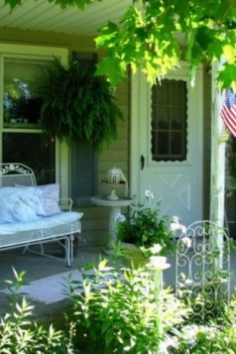 Turning Back The Clock With Shabby Chic Decorating Shabby Chic Porch Shabby Chic Garden Terrace Design