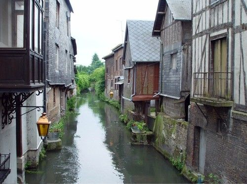 Pont audemer eure upper normandy france city town for Garage ad pont audemer
