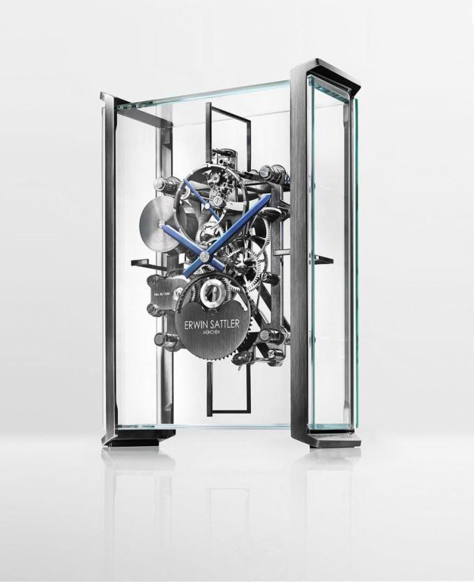 Erwin Sattler Realise Une Superbe Horloge De Table Squelette Pour Le Constructeur Automobile Audi