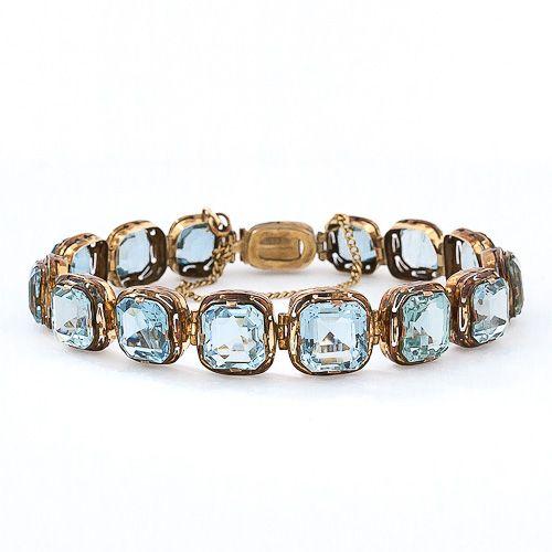 Antique Aquamarine Bracelet 18k Yellow Gold Victorian Features Fif Rectangular Cut Aquamarines With A
