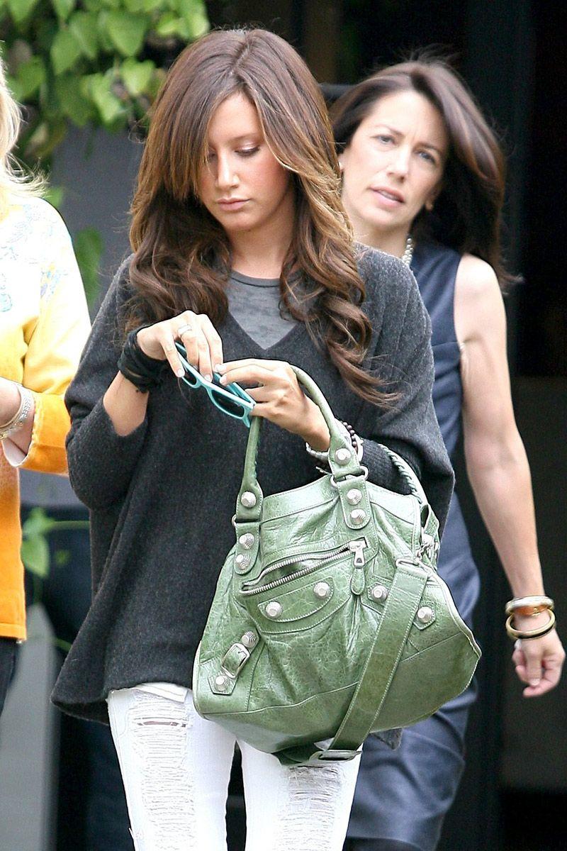 1fb0757a78 LOVE this Balenciaga bag