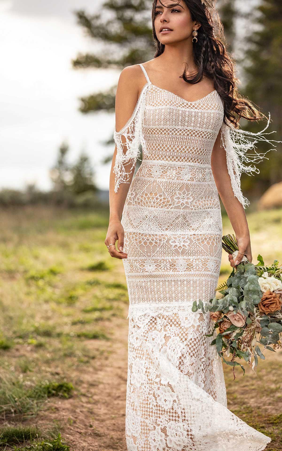 Unique Boho Lace Wedding Dress All Who Wander Chic Wedding Dresses Boho Wedding Dress Lace Bohemian Chic Weddings [ 1914 x 1200 Pixel ]