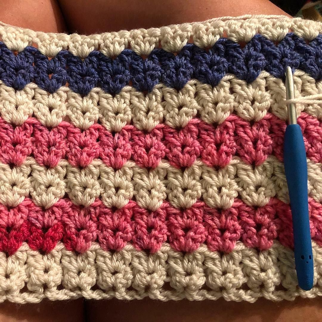 Next #WIP on its way! V stitch blanket using a Caron Cake in
