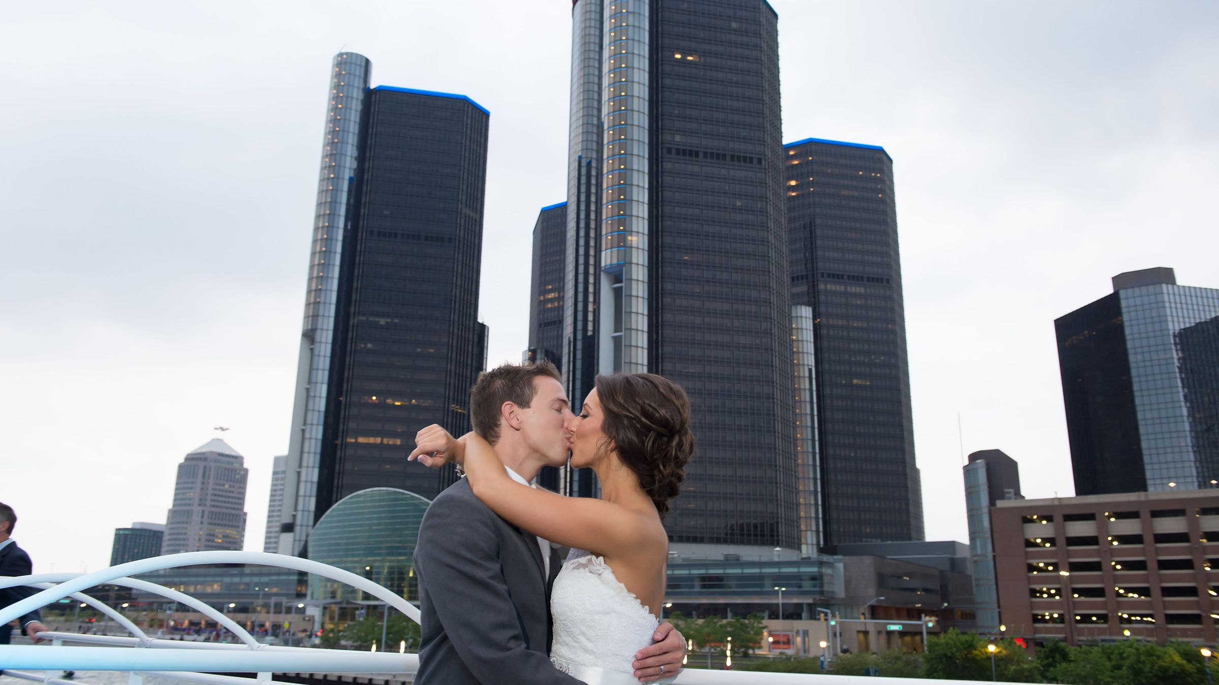Wedding Venue In Detroit Michigan - Infintiy & Ovation ...
