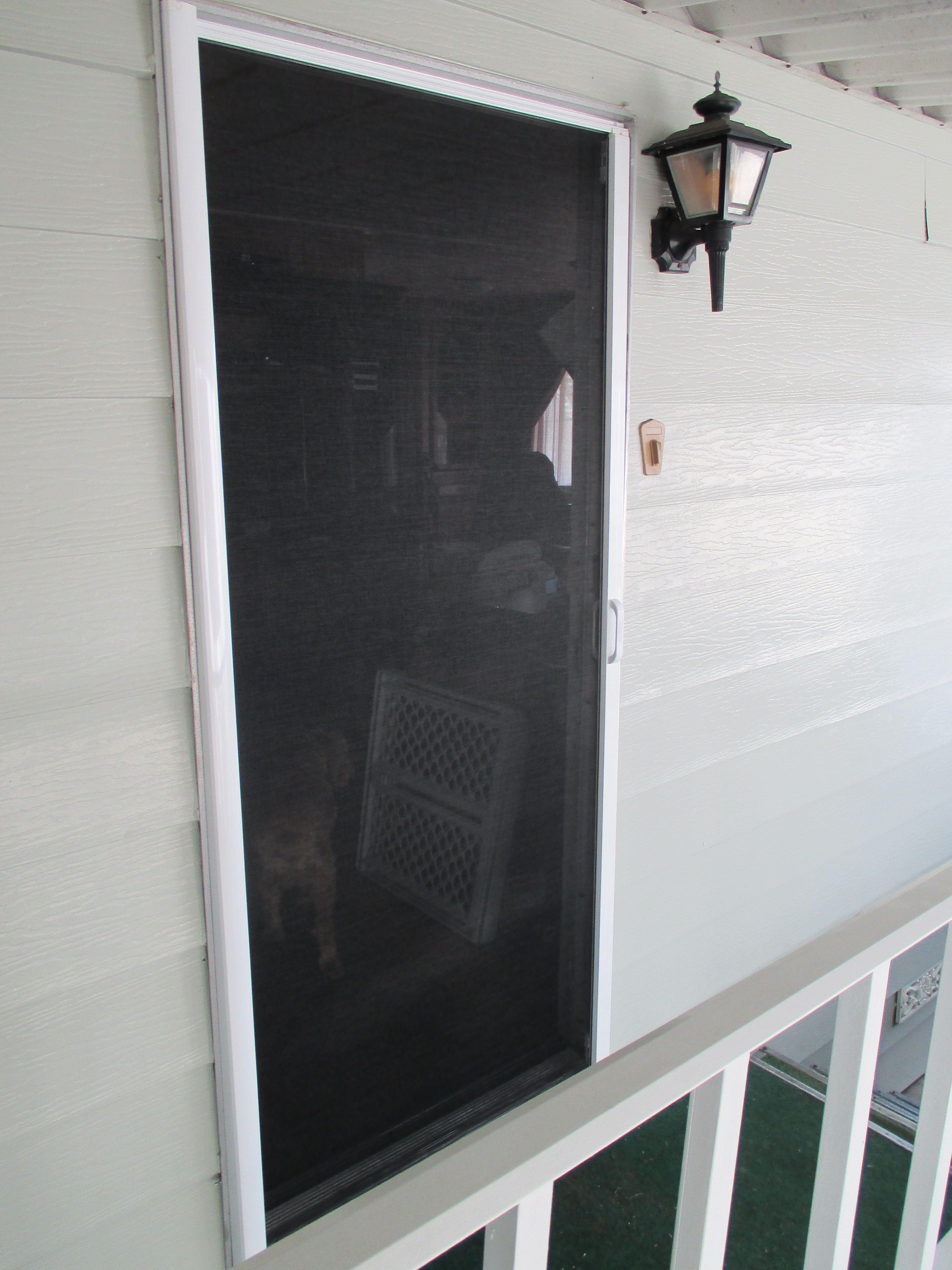 Mobile Home Stowaway Retractable Screen Door We Get Asked Every Single Day If Our Retractable Screens Will Accomm Modular Homes Retractable Screen Screen Door