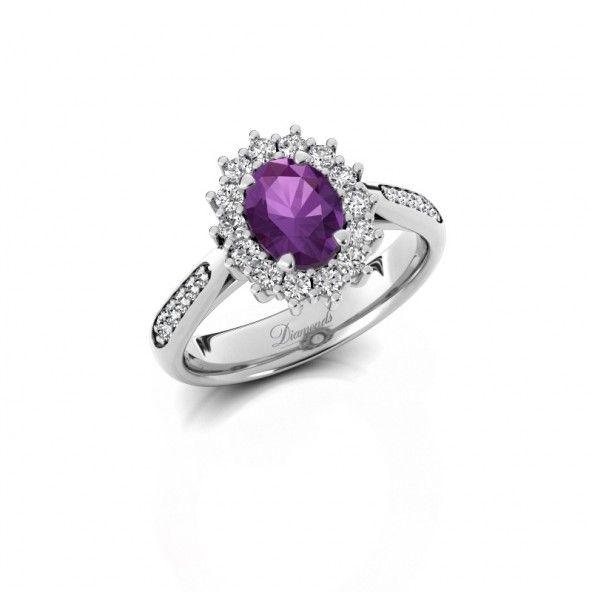Margien 2, gemaakt van witgoud en verrijkt met amethist en diamanten. Stel jouw eigen ring samen op diamondsbyme.nl.