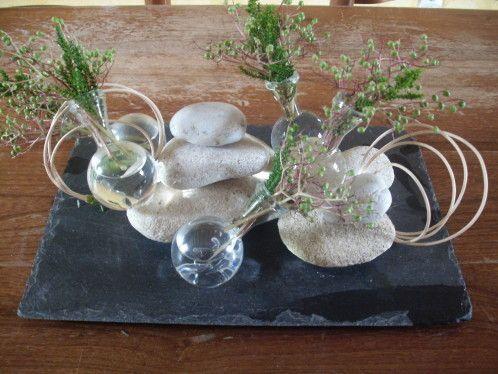table galets et ardoise pinterest ardoise galets et table. Black Bedroom Furniture Sets. Home Design Ideas