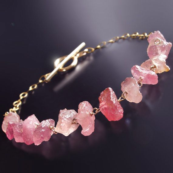 gem bracelet Raw quartz bracelet quarz jewellery raw stone jewellery pink gemstone thin chain bracelet dainty silver bracelet